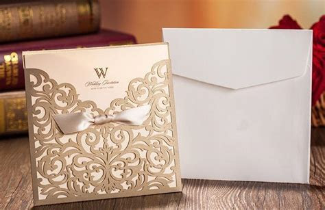 Gold Wedding Invitations/Custom Invitations Romantic