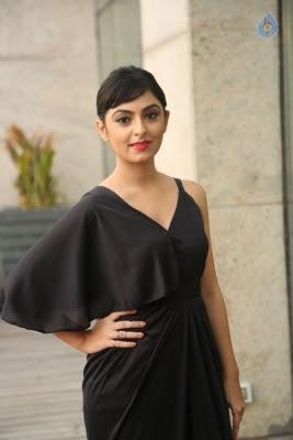 Pooja New Stills - 21 of 35