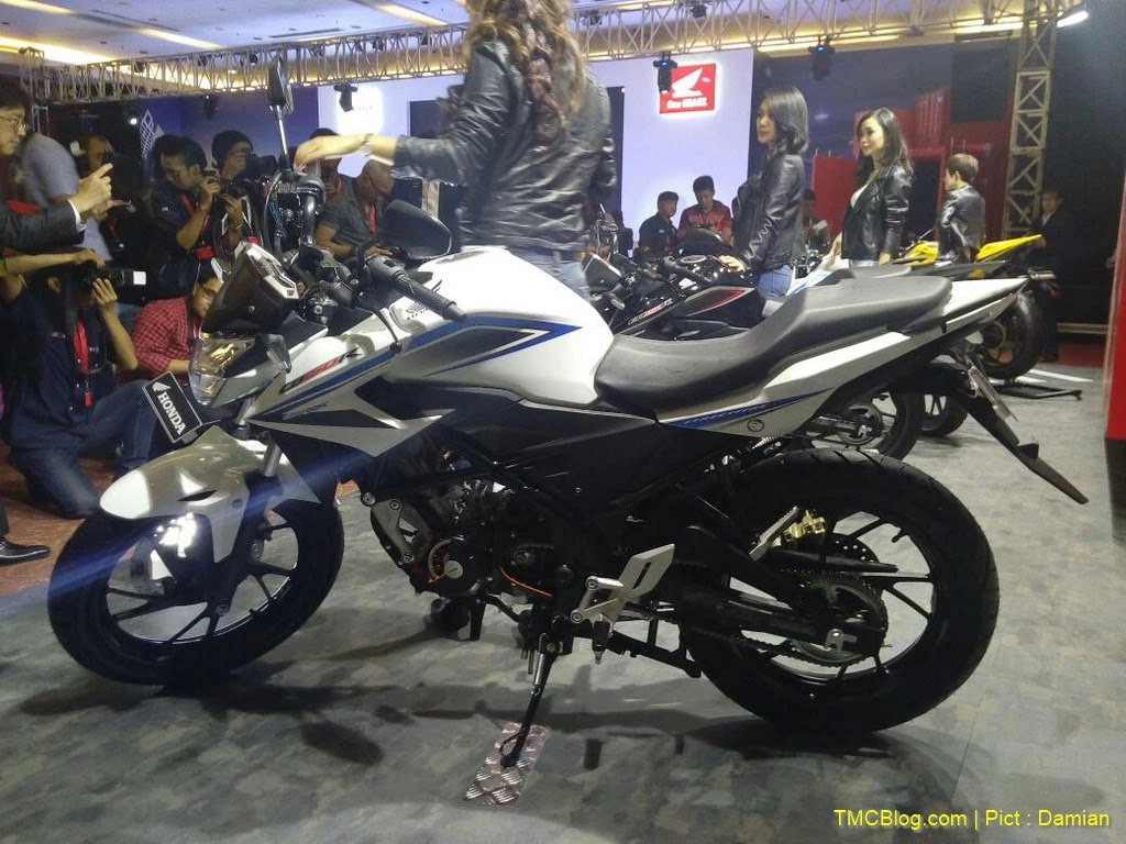 Kumpulan Modifikasi Motor Cb150r Warna Putih Modifikasimania