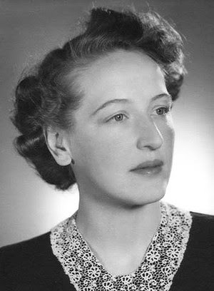 Pic of Melbourne crime writer June Wright