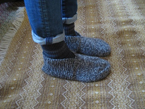 bed socks :: pattern notes | Anna Allen Clothing Blog: bed ...