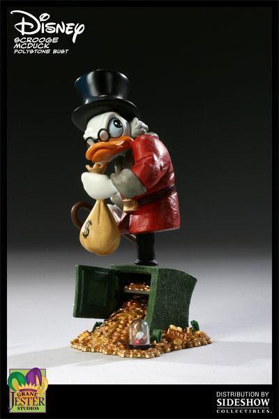 http://blogdebrinquedo.com.br/wp-content/uploads/2009/12/Scrooge-McDuck-Polystone-Bust-03.jpg