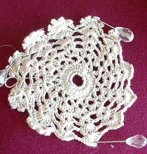 never finished doily (medalion)