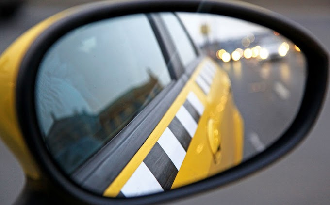 В Нижневартовске таксист угрожал избиением пассажирке за отмененную поездку