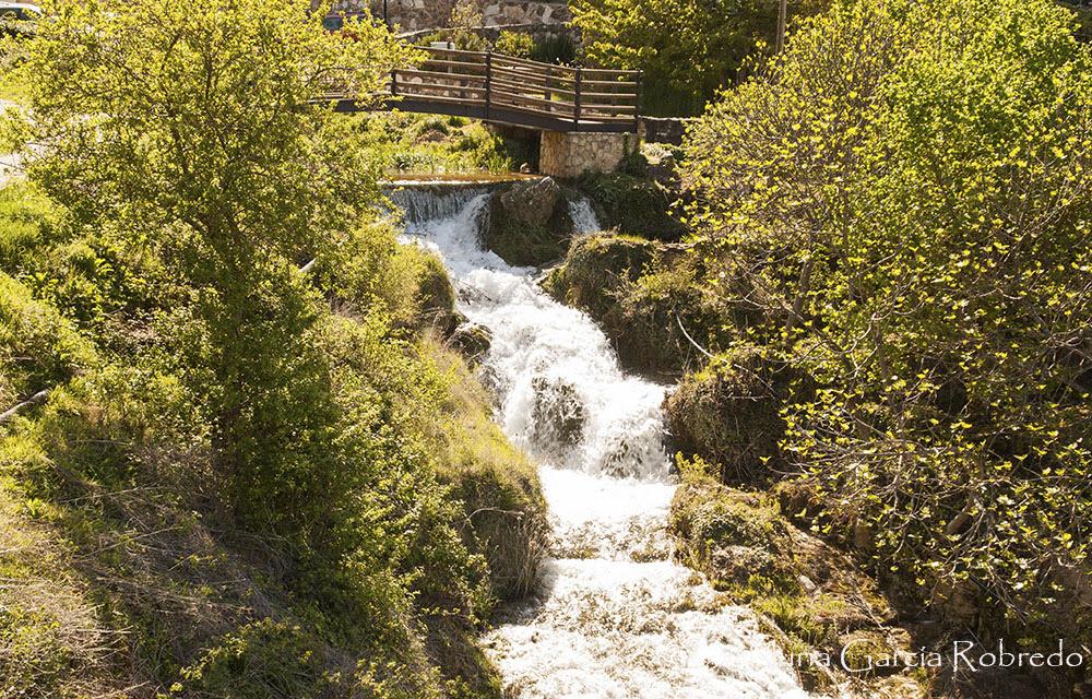 Cascadas y puentes