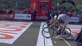 Vuelta: Barguil concede il bis, Nibali soffre ma resta leader