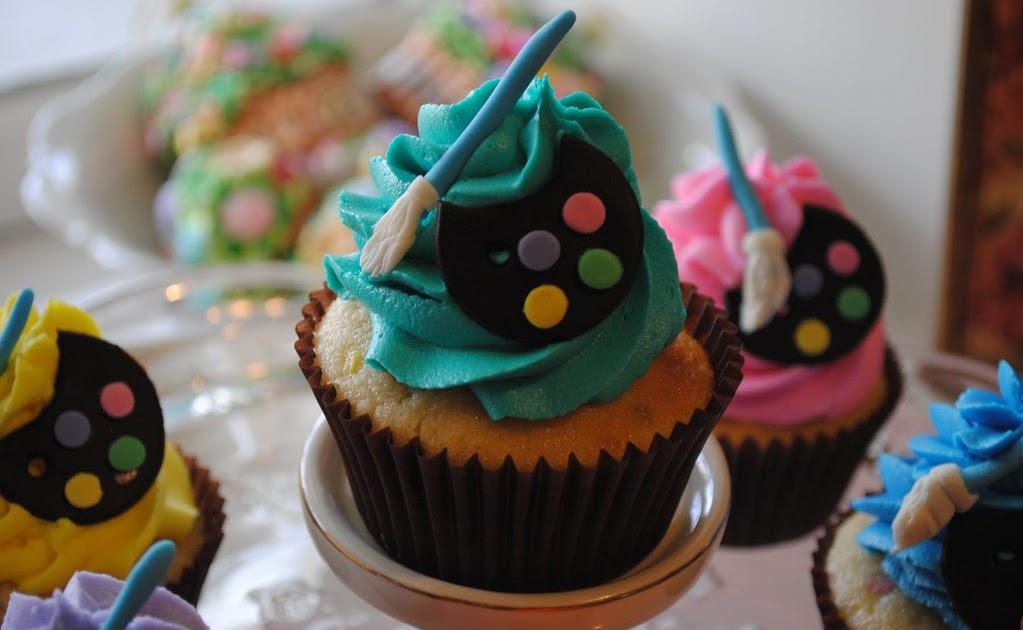 Cake Artist Cafe Facebook : Artist easel and blackberry vanilla bean cupcakes