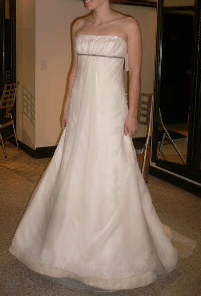 Vera Wang Wedding Dress Empire Waist Wedding Dresses dressesss
