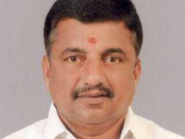 MLA Arun Kumar oppose Sasikala family in ADMK