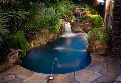 small swimming pool designs  small yard home designs