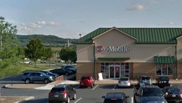 T-Mobile store Bethlehem Township.jpg
