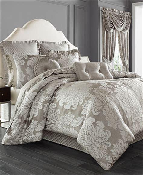 queen  york chandelier  pc bedding collection
