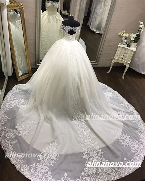 Lace Long Sleeves Open Back Wedding Dresses Ball Gowns Off