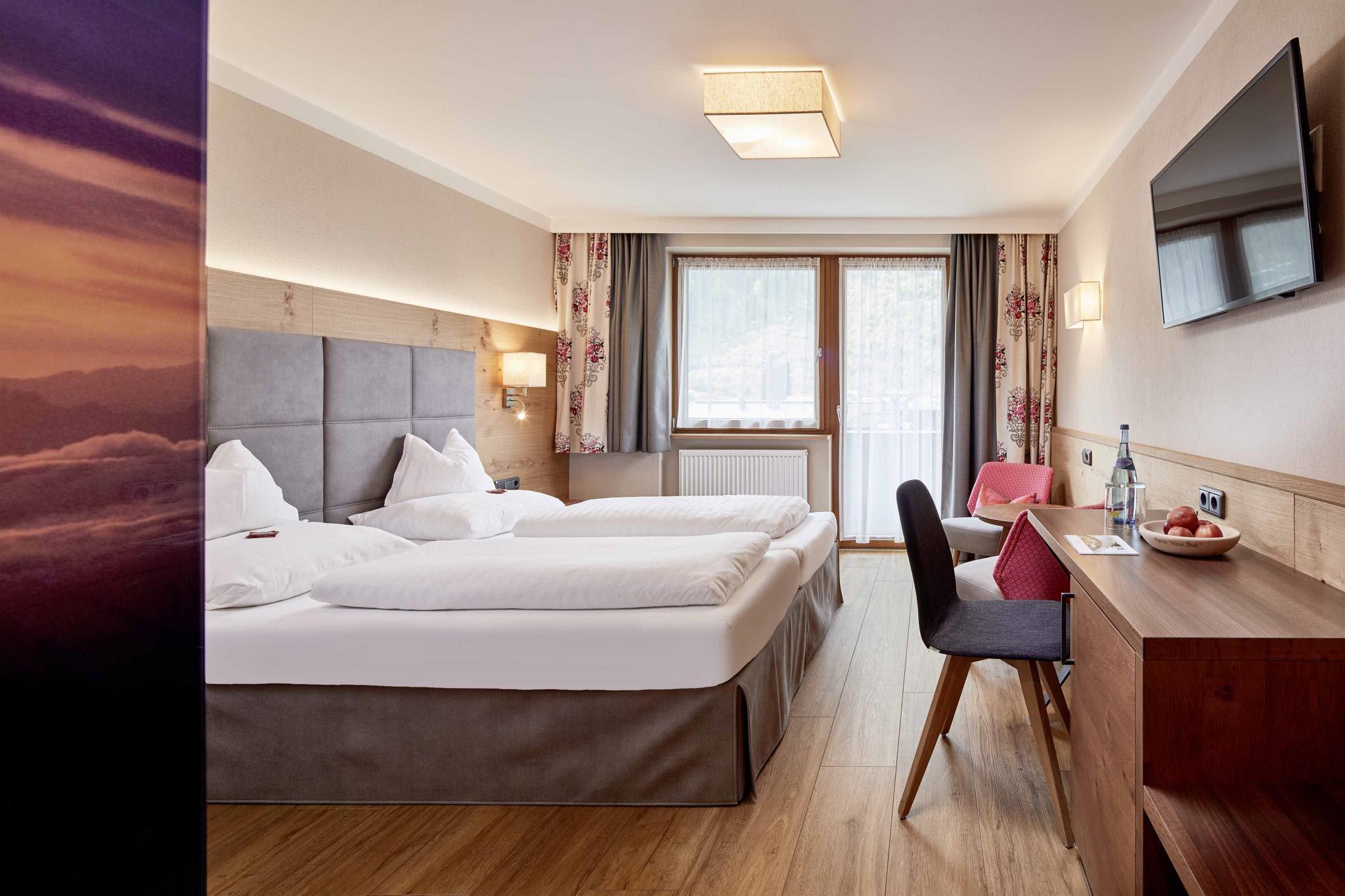 Hotel Neue Post Reviews