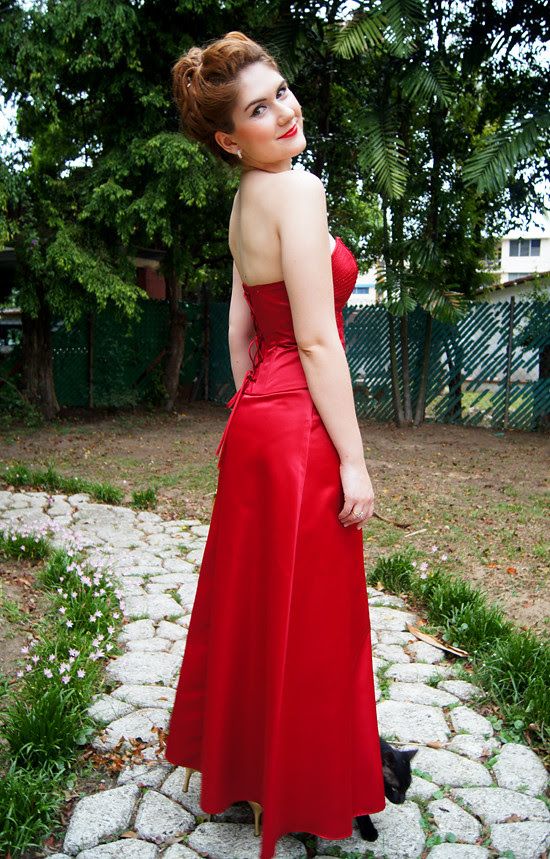 Outfit post: Lady in Red (4)