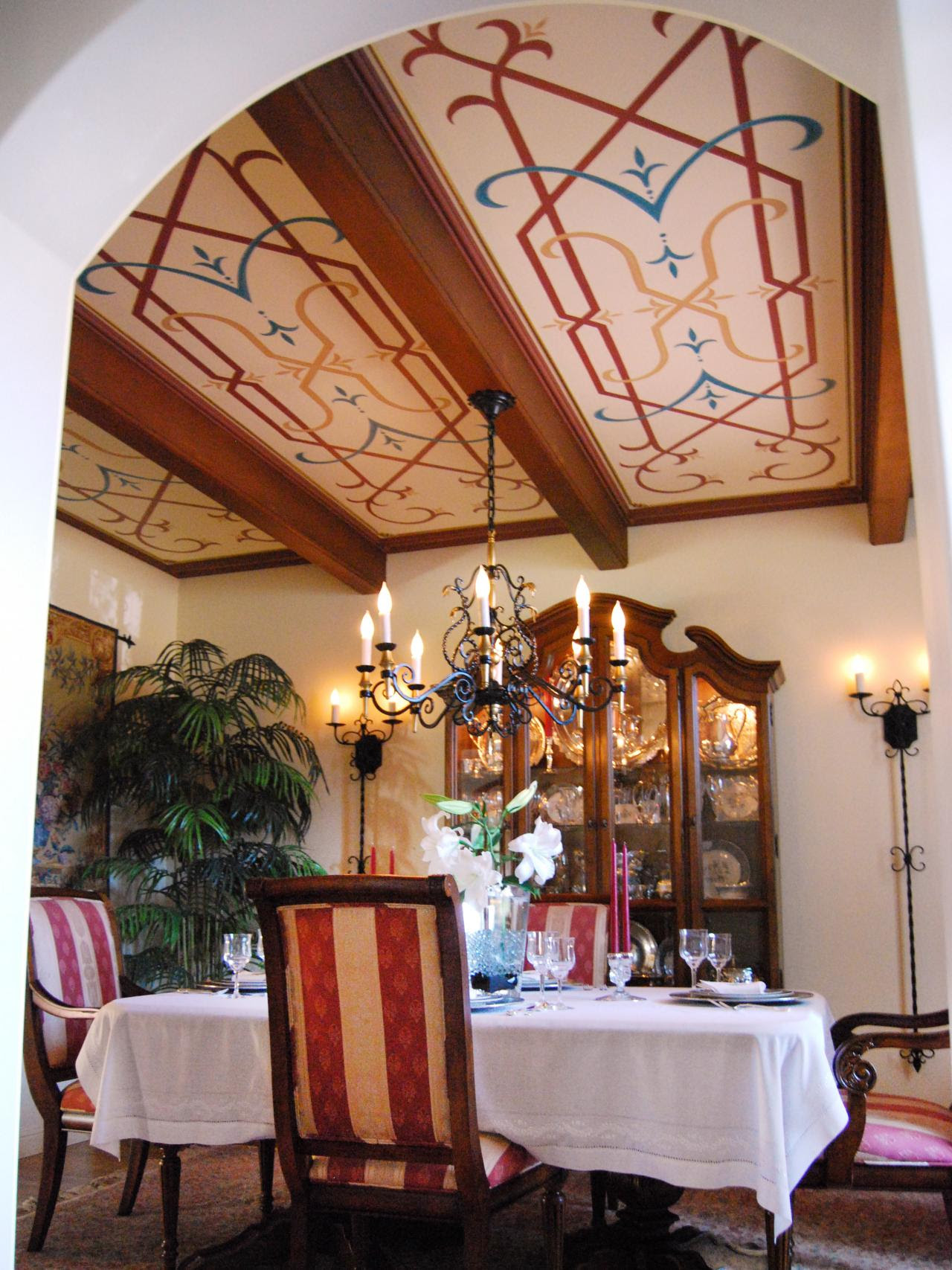 25 Mediterranean Dining Room Design Ideas - Decoration Love