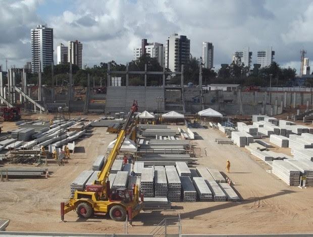 Setor Norte da Arena recebeu primeiro lances de arquibancada (Foto: Matheus Magalhães/GLOBOESPORTE.COM)