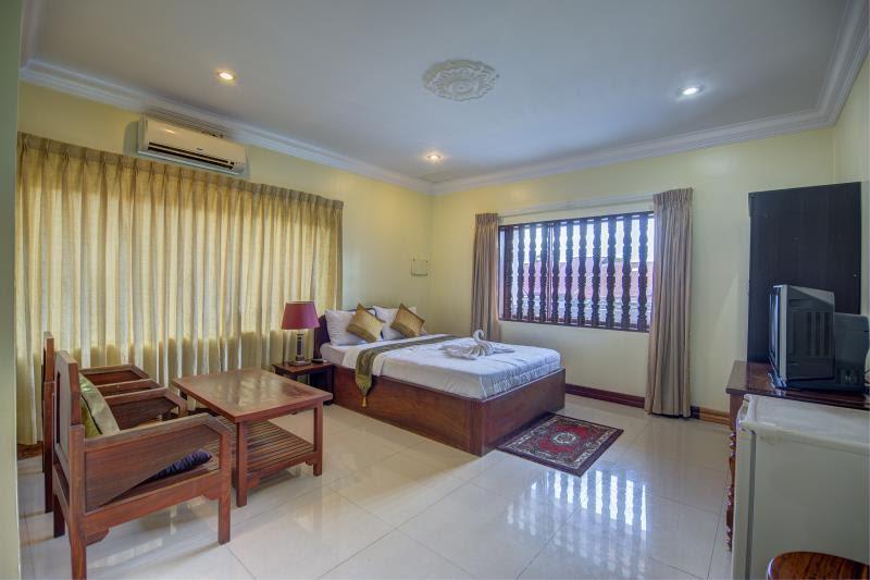 Reviews DV Angkor Villa