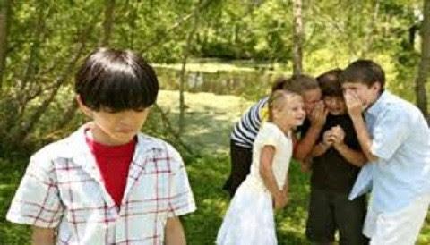 MED: Bajo rendimiento, apatía y aislamiento son indicadores de acoso escolar