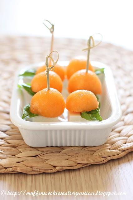 Melone, feta, basilico