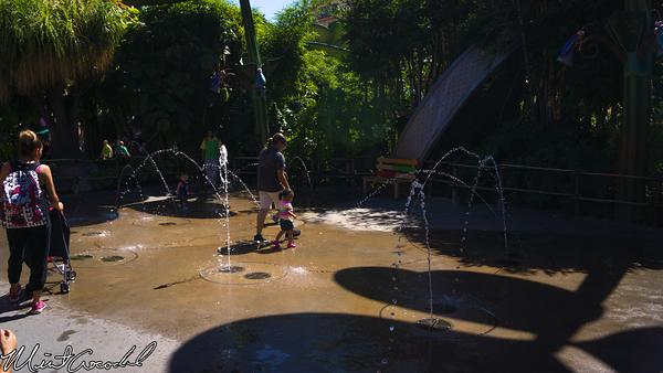 Disneyland Resort, Disney California Adventure, Bug's Land, Water, Dot's Puddle Park