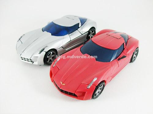 Transformers Swerve RotF Deluxe vs Sideswipe - modo alterno