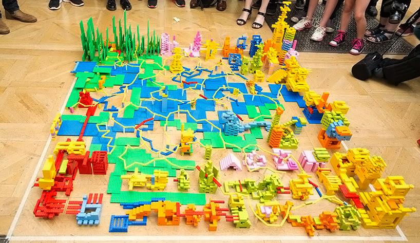 zaha-hadid-LEGO-buildings-designboom006