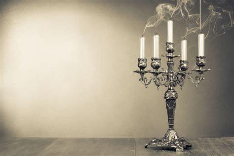 Murder Mystery Bridal Shower Ideas: Invitations, Themes