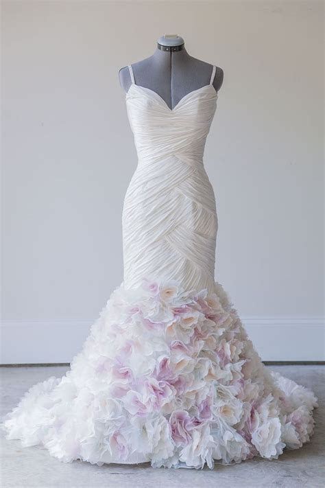 Best 25  Buy wedding dress ideas on Pinterest   2016