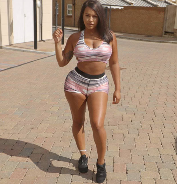 Lateysha Grace flaunts her enviable curves in this skin-baring snap.
