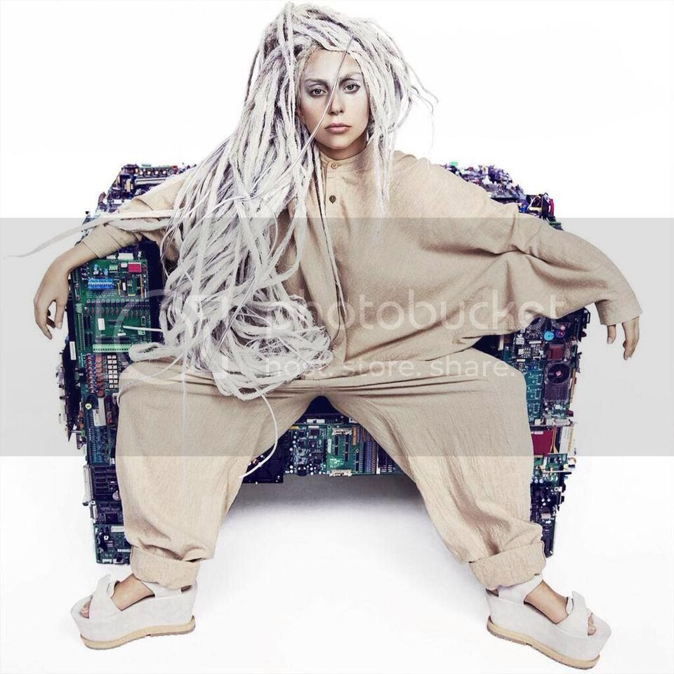 Lady Gaga + 'ARTPOP' promo = Dreadlocks...