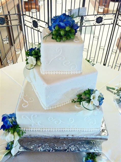 Square Wedding Cakes   Buttercream icing with fresh
