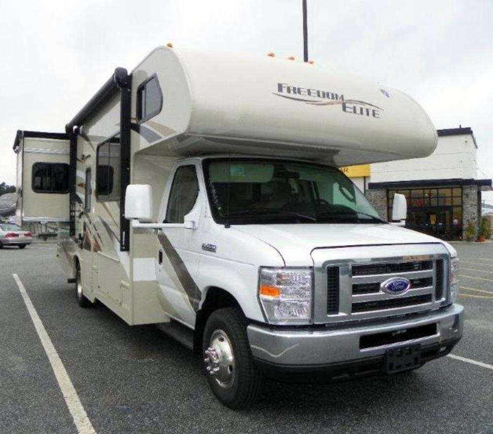 New 2016 Thor Freedom Elite 26fe Class C For Sale 1231157 ...