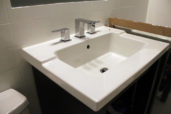 Bathroom Faucets and Fixtures | How to Be Water-Wise | HouseLogic Blog