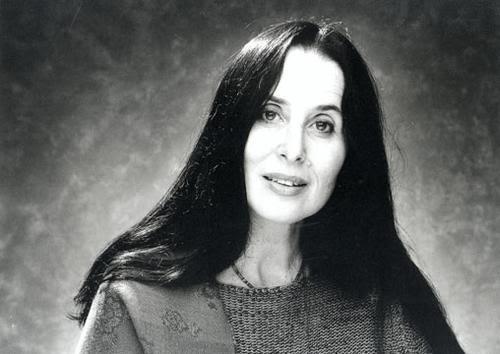 http://bettoarcos.com/wp-content/uploads/2012/06/MontserratFigueras.jpg