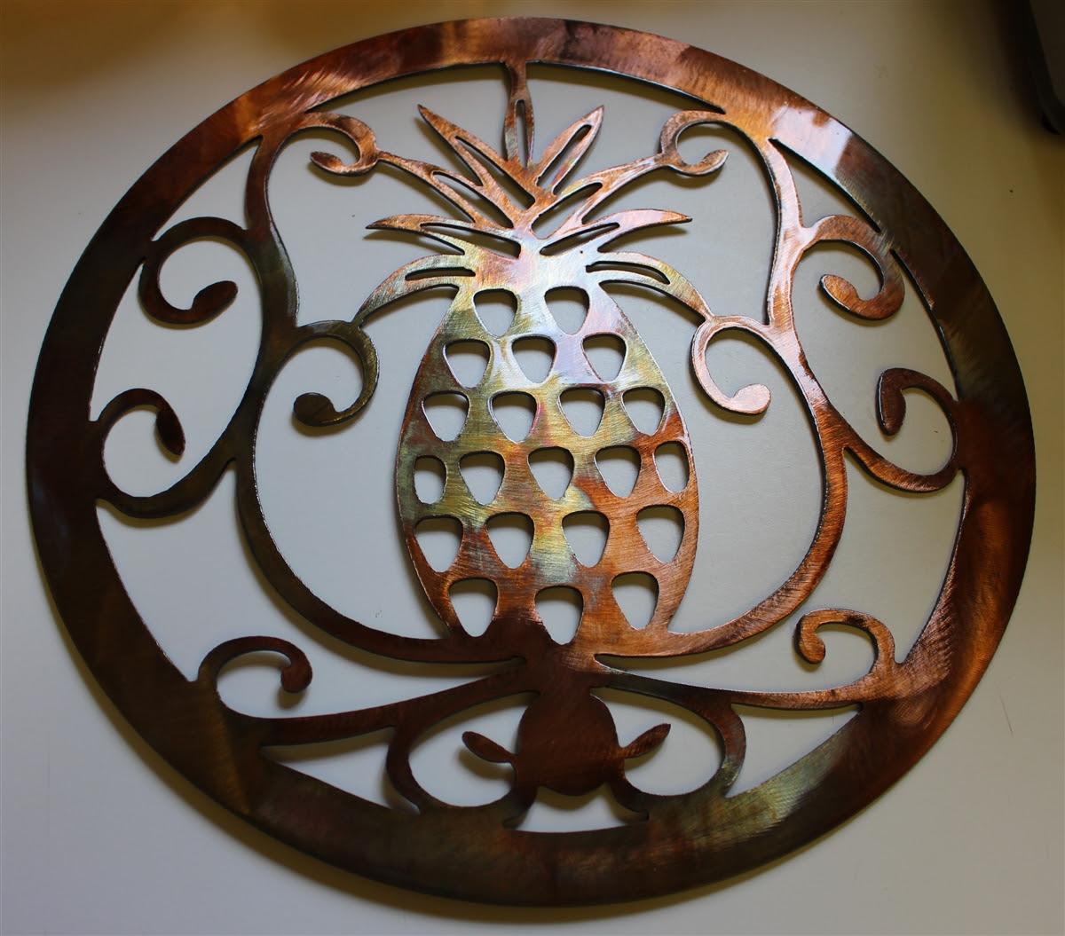 "Ornamental Pineapple 15"" Metal Wall Art"