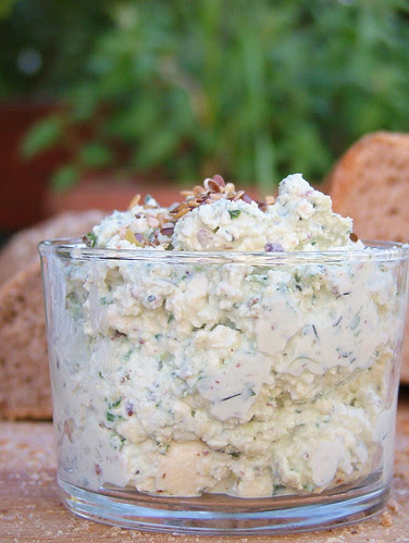 Tofu & ricotta cream with herbs1