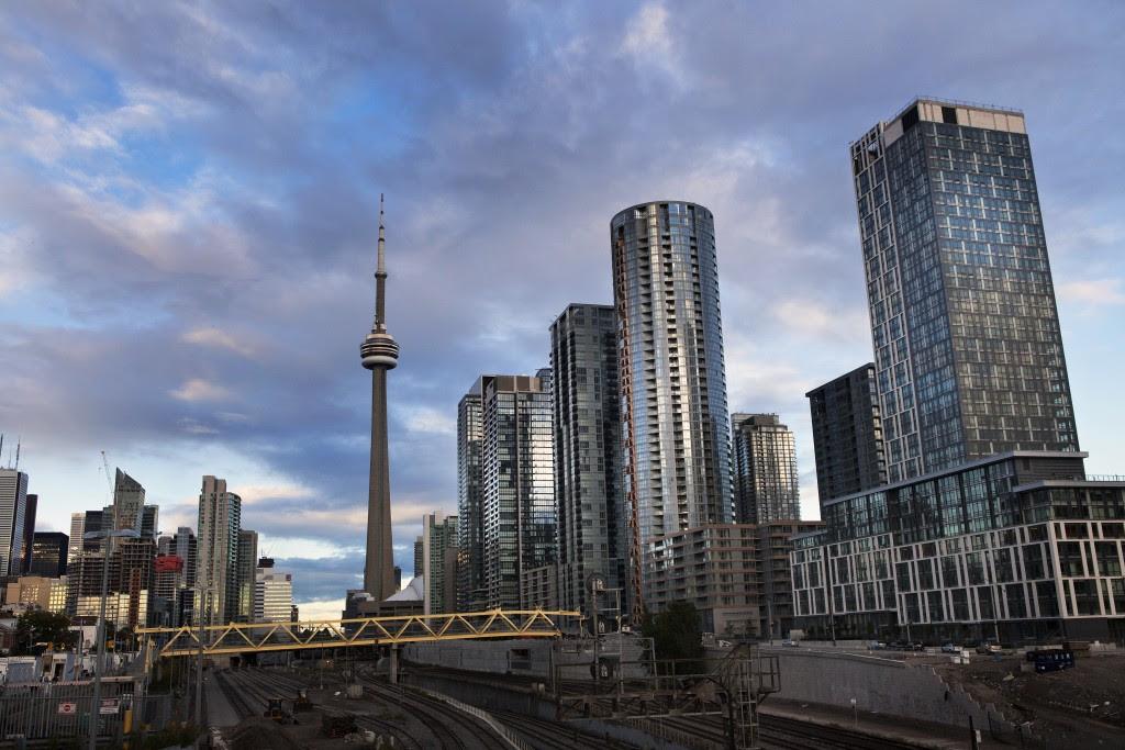 Toronto-skyline-1024x683