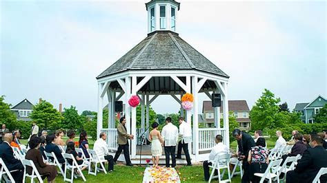 The Best Places for Barn Weddings Just Outside of Chicago