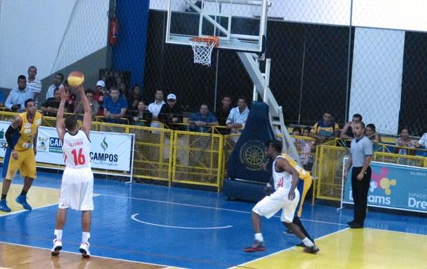Olivinha basquete Flamengo x ACF Campos (Foto: Fabio Leme)