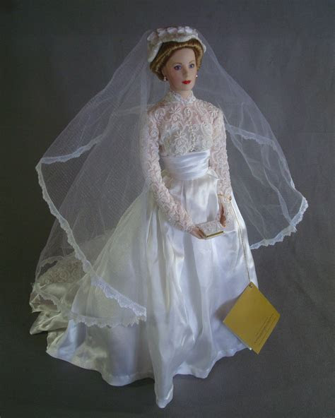 "Franklin Mint 16"" Porcelain Bride Doll Princess Grace of"