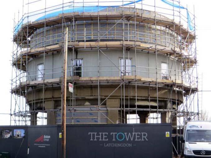 Εγκαταλελειμμένος πύργος νερού μετατράπηκε σε εντυπωσιακή κατοικία (5)