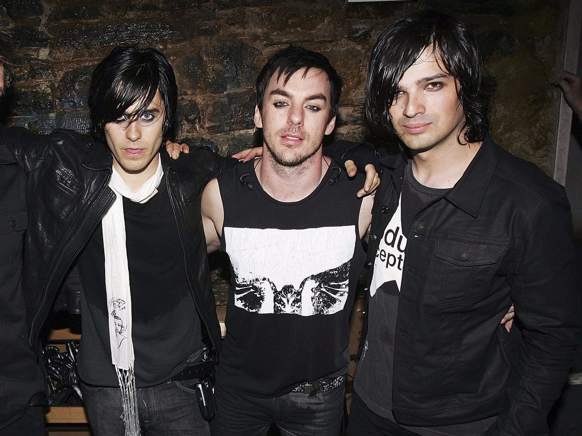 In 1998, the pair formed the post-grunge rock band Boiled Hard, later adding a lead guitarist, Tomo Miličević. The group later changed its name to Thirty Seconds to Mars.