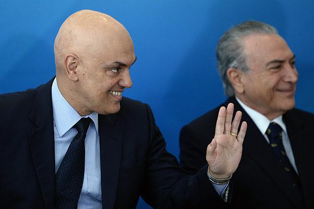 O ministro da Justiça, Alexandre de Moraes, em evento com o presidente Michel Temer
