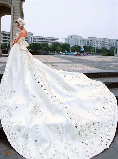 Big White Wedding Dress Designs   Wedding dresses, simple