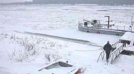 Река Дунав замръзна при Силистра