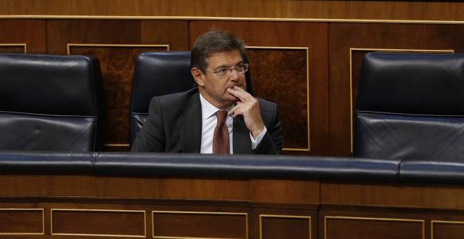 El ministro de Justicia, Rafael Catalá, durante el debate en pleno del Congreso de los Diputados de la moción del grupo socialista sobre su reprobación. EFE/Paco Campos