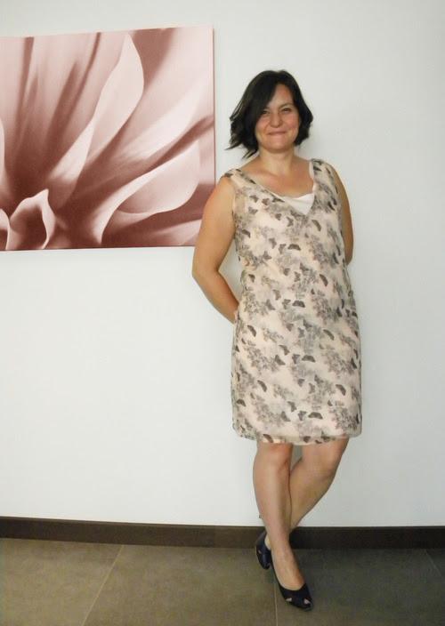 moda tasarım yaz elbise yazlık pembe kelebek desen özel dikim Burda stil