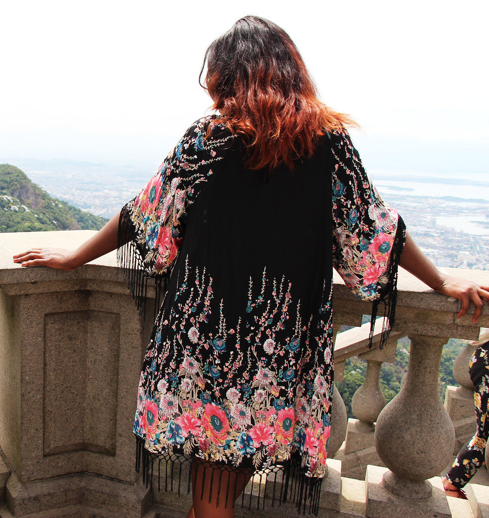 ombre hair, rio, brazil, travel blogger, kimono pattern, beachwear,