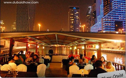 Place to visit in Dubai: Dinner Inwards A Dhow